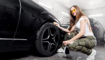 TOP5 – akcesoria do pielęgnacji samochodu, które musisz mieć